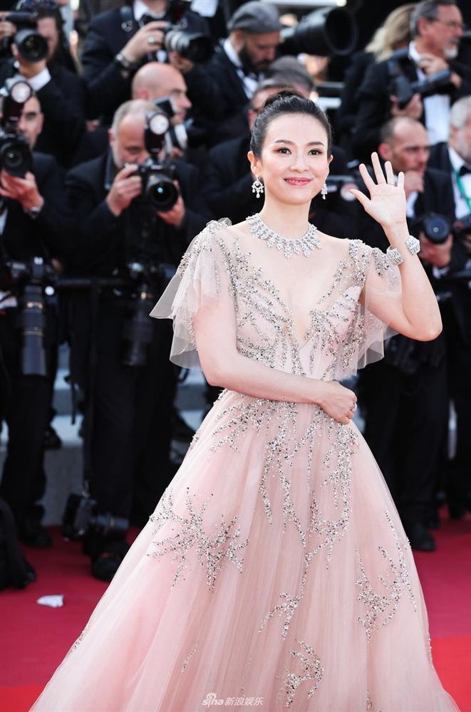 Sau tất cả, đây chính là hai nữ thần lên đồ đẹp xuất sắc tại thảm đỏ Liên hoan phim Cannes 2019-1