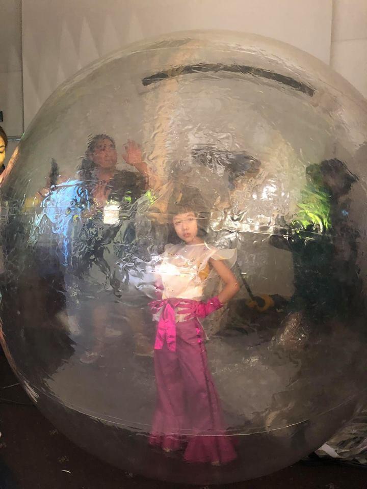 Khánh An - mẫu nhí từng được nữ hoàng tạo dáng Coco Rocha khen hết lời tái xuất khiến Chí Tài, Việt Hương hết hồn-2