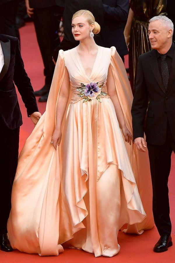 Bộ váy tai tiếng của Ngọc Trinh không hề lọt Top trang phục đẹp nhất Cannes trên tạp chí uy tín-4