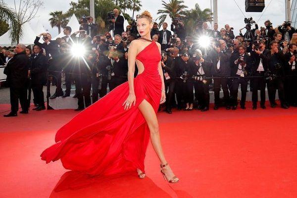 Bộ váy tai tiếng của Ngọc Trinh không hề lọt Top trang phục đẹp nhất Cannes trên tạp chí uy tín-7