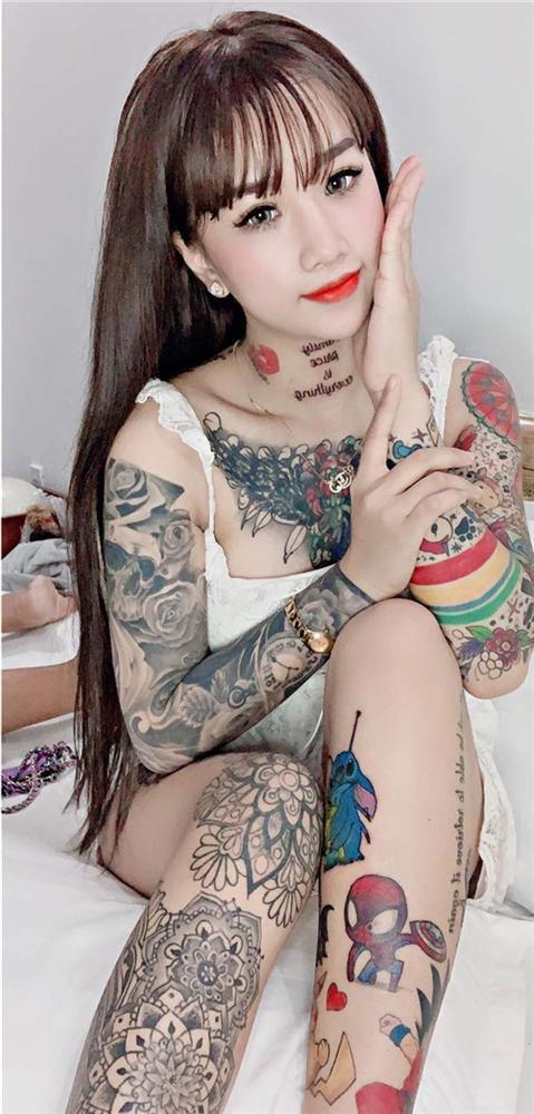 Cô gái xinh đẹp An Giang 19 tuổi kể chuyện xăm kín ngực, 14 hình ở chân-4