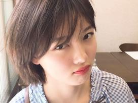 Sao nhí Kim Yoo Jung vẫn xinh như hoa bất chấp đầu bù tóc rối