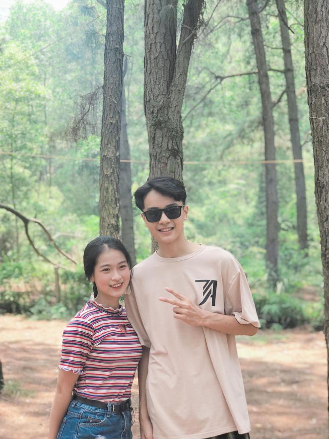 Gây sốt với tình bạn khác giới thân thiết nhưng ngoại hình đẹp cả đôi của cặp học sinh Hà Nội mới là thứ chiếm spotlight-2