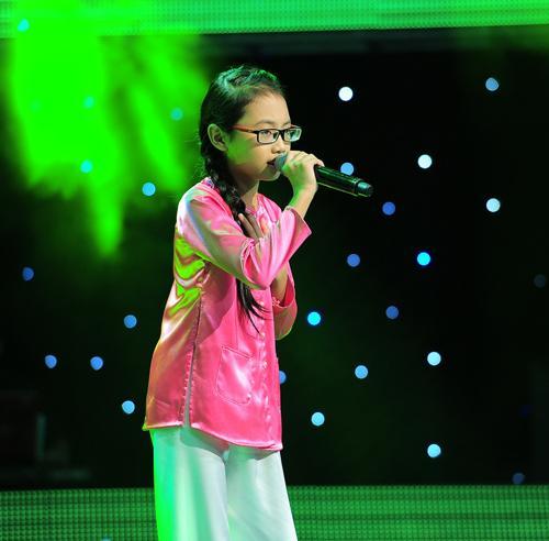 Phương Mỹ Chi thông báo loạt thành tích khủng sau khi bị chê hát dở ẹc, ăn mặc lố tuổi-2