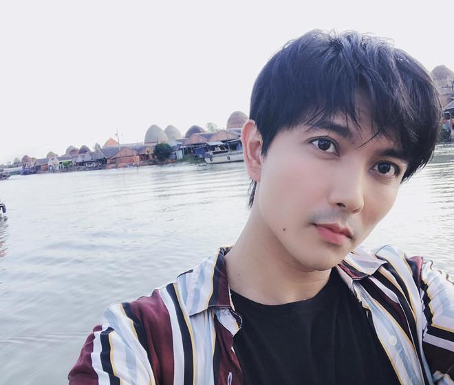 Chi Pu, Hòa Minzy và hàng loạt nghệ danh Tây Tàu ở showbiz Việt-9