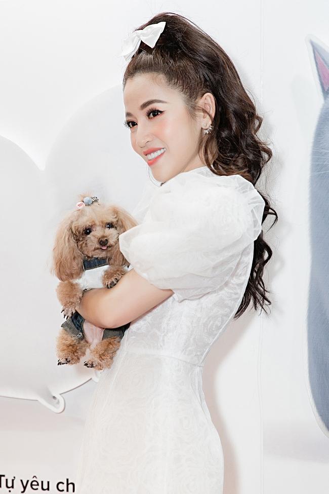 Puka, Jun Phạm 'đọ' vẻ đáng yêu của thú cưng khi dự ra mắt phim-2