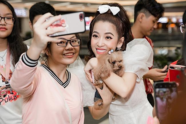 Puka, Jun Phạm 'đọ' vẻ đáng yêu của thú cưng khi dự ra mắt phim-3