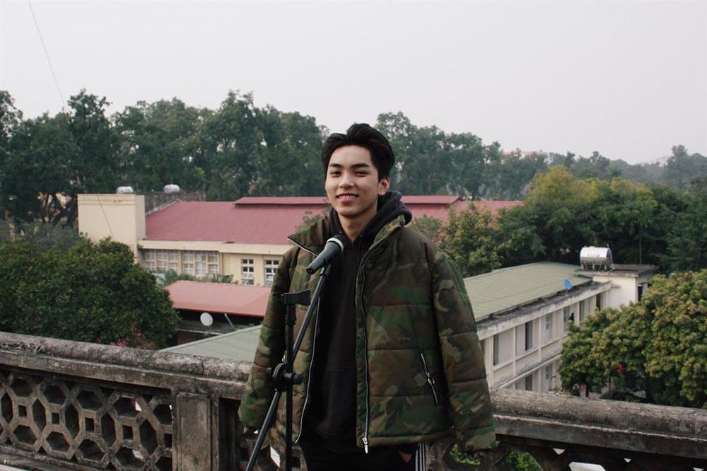 Đào mộ loạt ảnh thời chưa sửa mũi của Long Hoàng - chàng trai Việt duy nhất nghi vấn trúng tuyển SM Entertainment đình đám-7