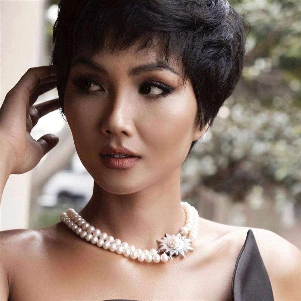 Bản tin Hoa hậu Hoàn vũ 30/5: HHen Niê lên đồ xuất sắc chặt đẹp dàn giai nhân quốc sắc thiên hương-2
