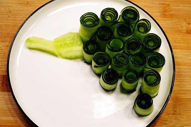 5 phút biến tấu món salad dưa leo chim công đẹp ngon hết sảy-4