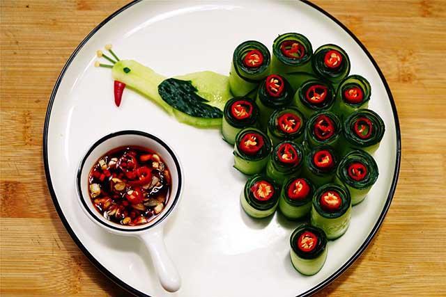 5 phút biến tấu món salad dưa leo chim công đẹp ngon hết sảy-5