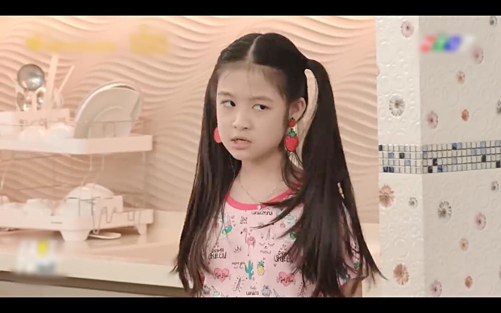 Cãi nhau như chó với mèo, nhưng mẹ thiên hạ Hae Ri lại như thất tình khi Shin Ae vắng nhà-2