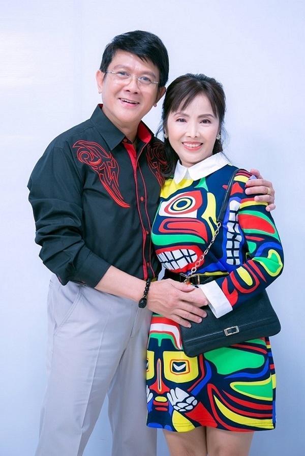 Vợ danh hài Bảo Trí mua dao, kéo cảnh cáo chồng khi thấy gái trẻ ôm hôn-1