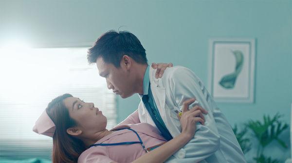 Phim mới của Xuân Nghị và Thúy Ngân gây khó hiểu với cảnh nóng và bùa ngải-6