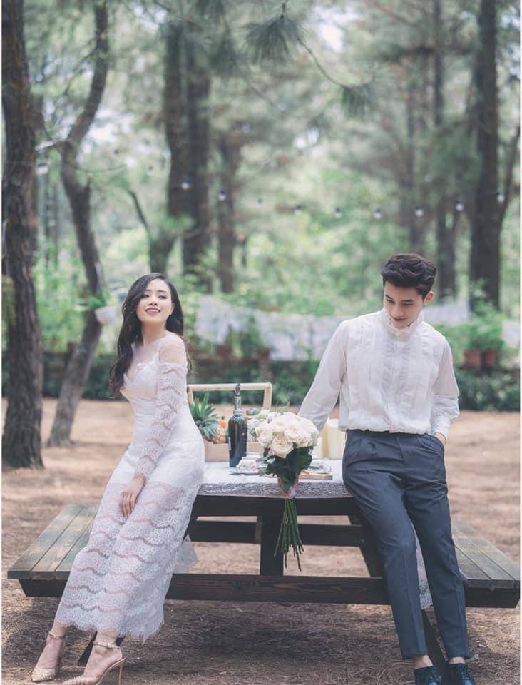 Chuyện giờ mới kể về đám cưới nữ MC xinh đẹp và bạn trai hotboy: Cô dâu - chú rể quẩy bung sân khấu cùng khách mời-4