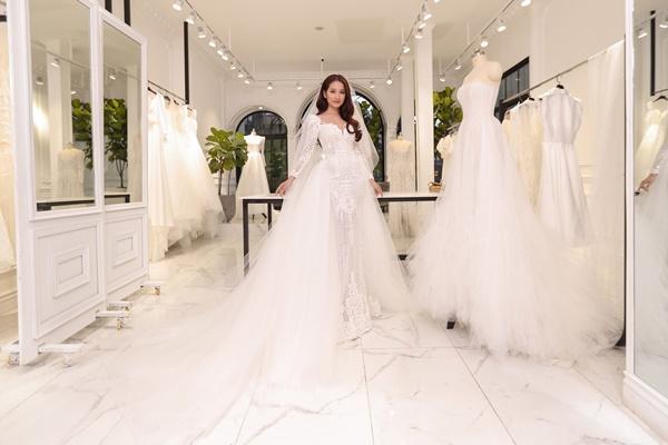 Cận cảnh chiếc váy cưới mà Sara Lưu sẽ mặc trong đám cưới với nhạc sĩ Dương Khắc Linh-6
