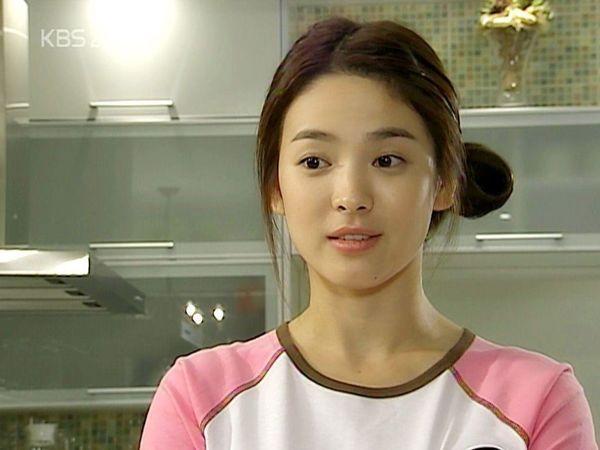 Nhìn lại 6 bộ phim này để xem Song Hye Kyo có thực sự tài năng?-5