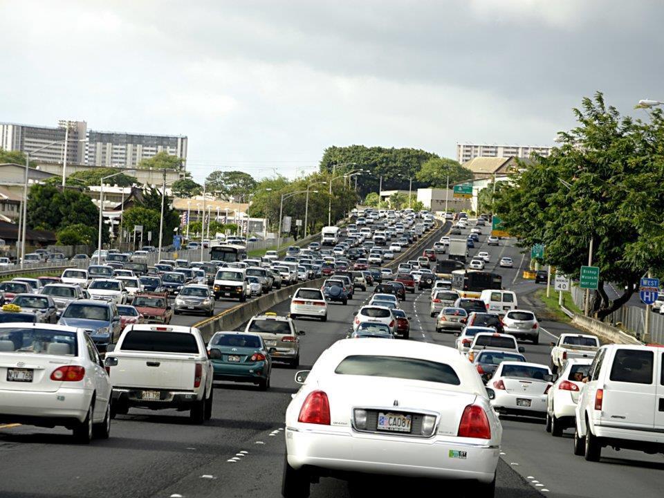 Thiên đường biển Hawaii ngập rác, nhà cao tầng mọc lên như nấm-4
