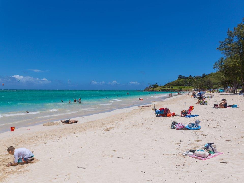 Thiên đường biển Hawaii ngập rác, nhà cao tầng mọc lên như nấm-5