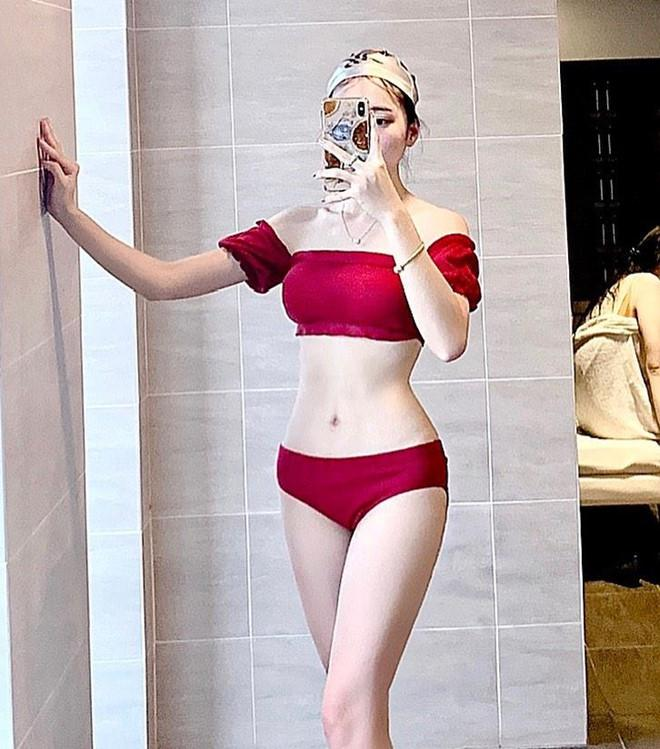 Bạn gái tin đồn của Phan Văn Đức chăm diện bikini, khoe ảnh gợi cảm-2