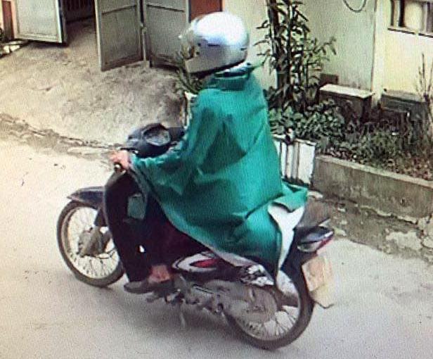 Hàng trăm cảnh sát vây bắt tên cướp ngân hàng mặc áo mưa ở Phú Thọ-1