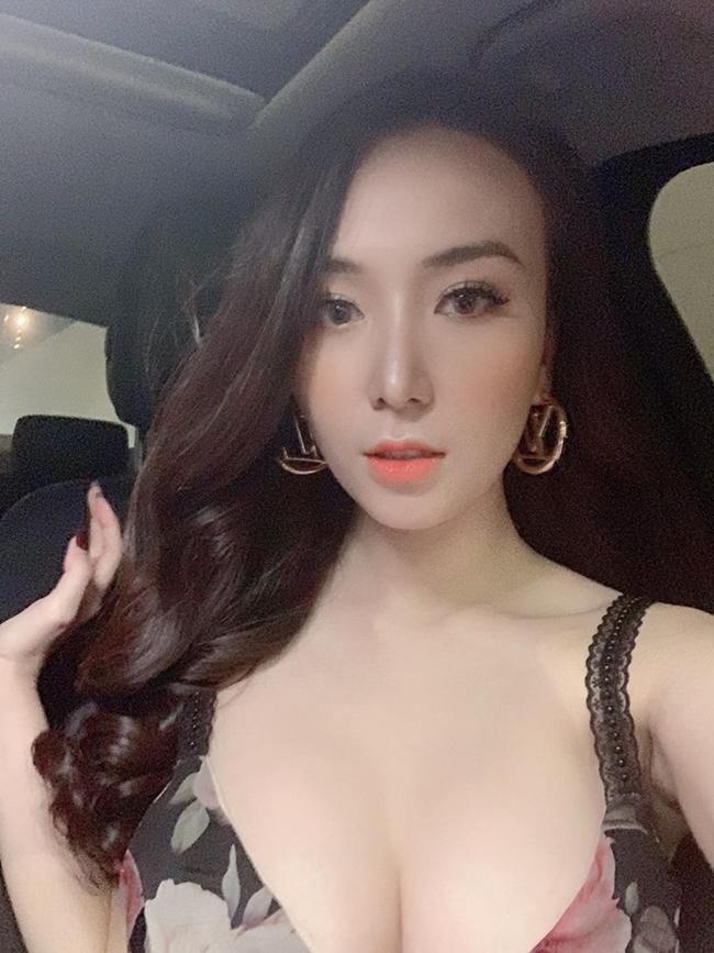 3 cô vợ vừa nóng bỏng vừa rất giỏi kiếm tiền của nam ca sĩ Việt-11