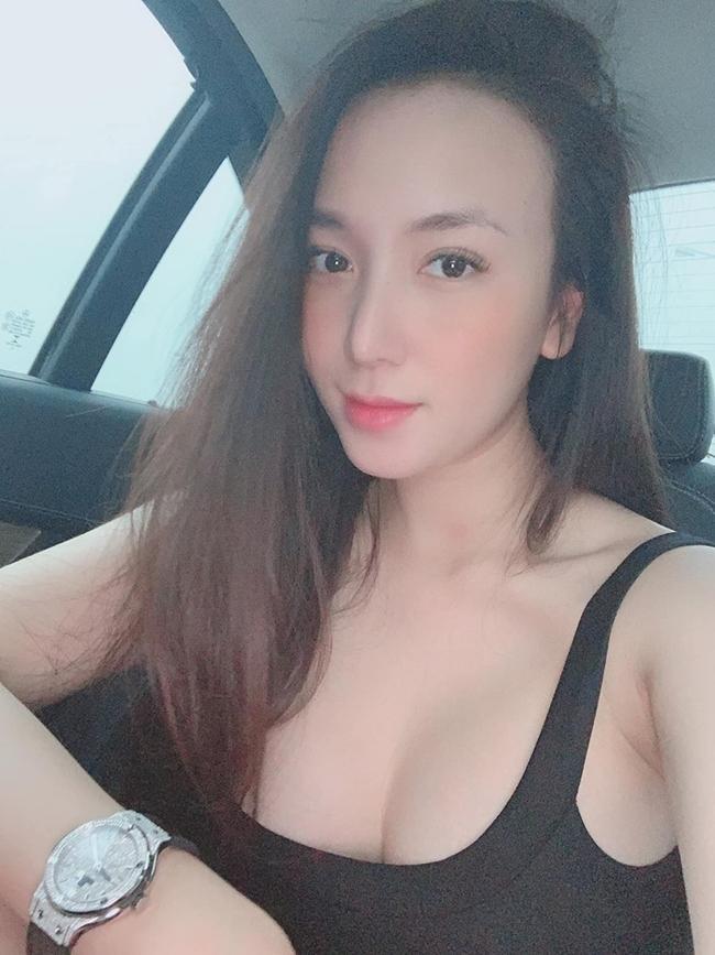 3 cô vợ vừa nóng bỏng vừa rất giỏi kiếm tiền của nam ca sĩ Việt-13