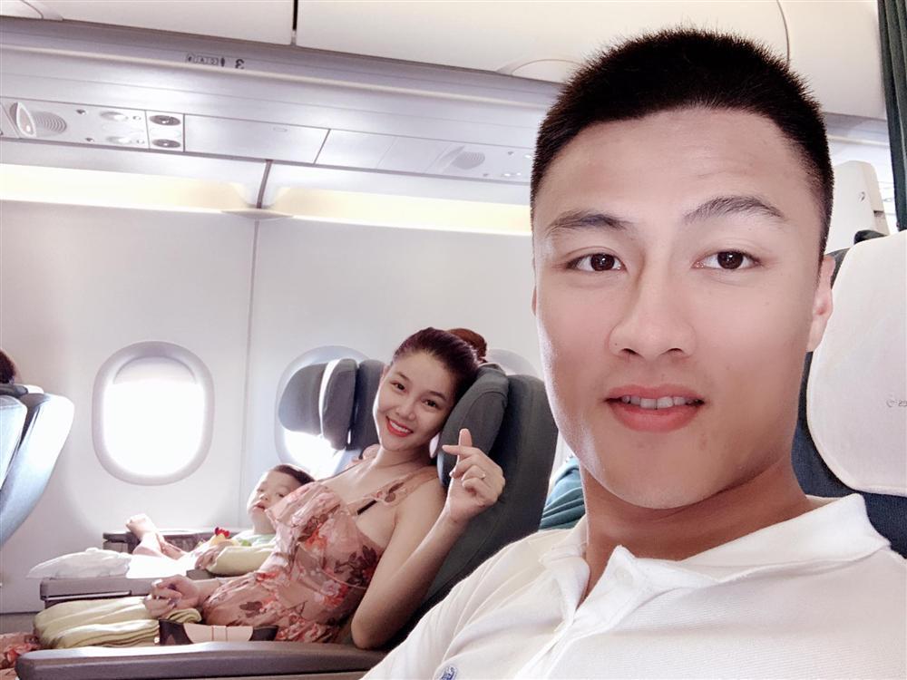 Hoa hậu HHen Niê thân thiết với Á hậu Lệ Hằng chuẩn trend chị ngả em nâng-5