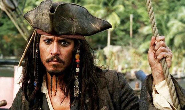 Fan biểu tình đòi Johnny Depp quay lại Cướp biển vùng Carribean-1