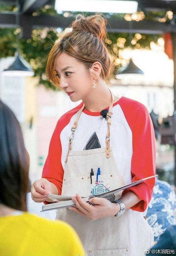 Vì sao Triệu Vy vẫn xinh đẹp như gái 20 tuổi dù đã 43 tuổi?-3