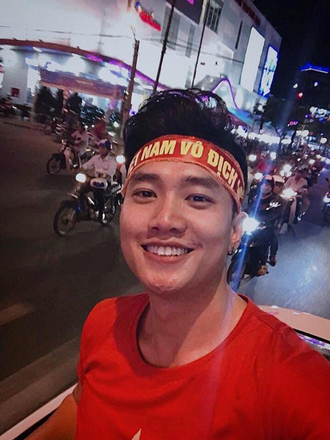 Sao Việt mừng đội tuyển Việt Nam thắng, bức xúc vì Thái Lan đá thô bạo-1