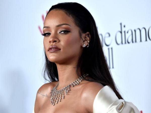 Là ca sĩ nữ giàu nhất thế giới, Rihanna có khối tài sản khủng cỡ nào?-1
