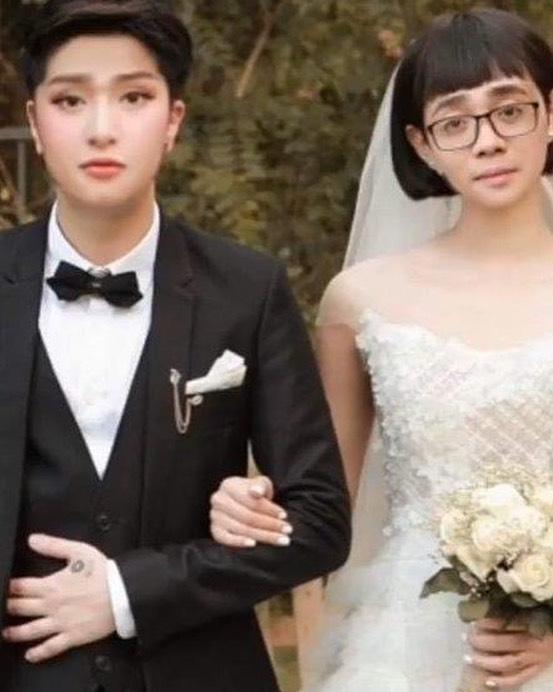 Khổ thân Bùi Anh Tuấn: Bị chế ảnh cô dâu thiểu năng xấu đến mức chẳng ai dám ngỏ lời cưới nhau đi-1