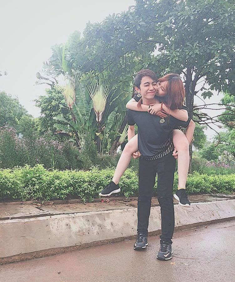 Trước khi về chung một nhà, hot girl FAPtv Mai Quỳnh Anh - streamer Cris Phan thường xuyên tình tứ trong 1.001 bộ đồ đôi chất lừ-3
