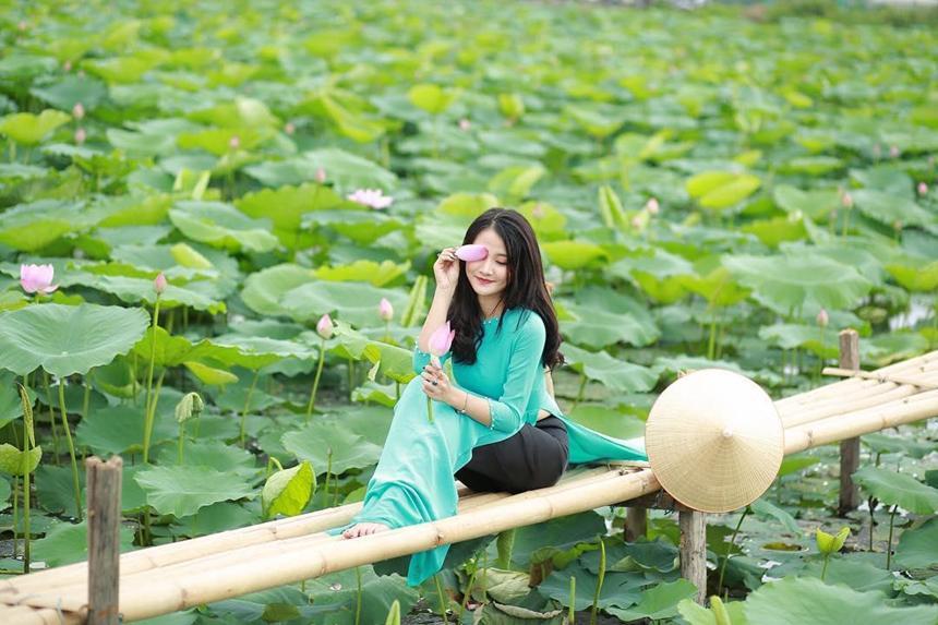 5 địa điểm chụp sen tuyệt đẹp quanh Hà Nội mùa hè này-5