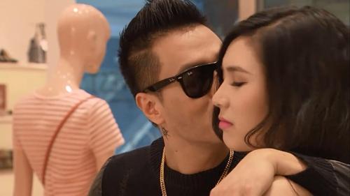 Giữa nghi án ly hôn ồn ào, diễn viên Việt Anh vui vẻ ăn uống cùng bồ nhí Thanh Bi-6