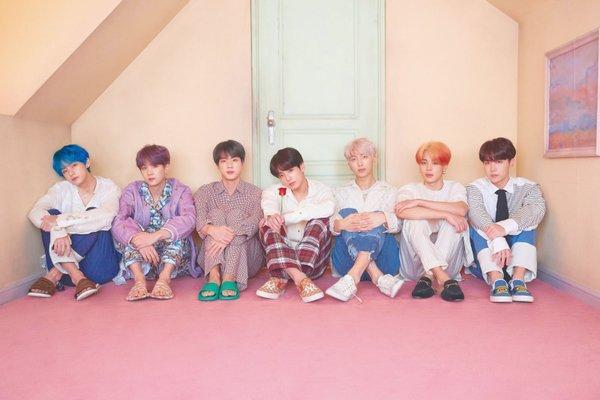 Gaon vừa trao giấy khen cho 6 nghệ sĩ mới, trong đó thành tích của BTS là hoành tráng hơn cả-4