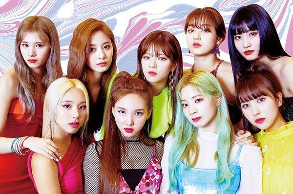 Gaon vừa trao giấy khen cho 6 nghệ sĩ mới, trong đó thành tích của BTS là hoành tráng hơn cả-1