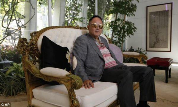 Tỷ phú tự thân 83 tuổi tuyên bố ngủ với 10.000 người, tiết lộ luôn người đặc biệt nhất-1