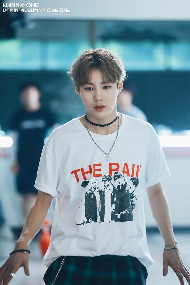 BXH thương hiệu idol Kpop tháng 5: BTS nguyên team đi vào hết, BLACKPINK lép vế khi chỉ có một đại diện lọt top-5
