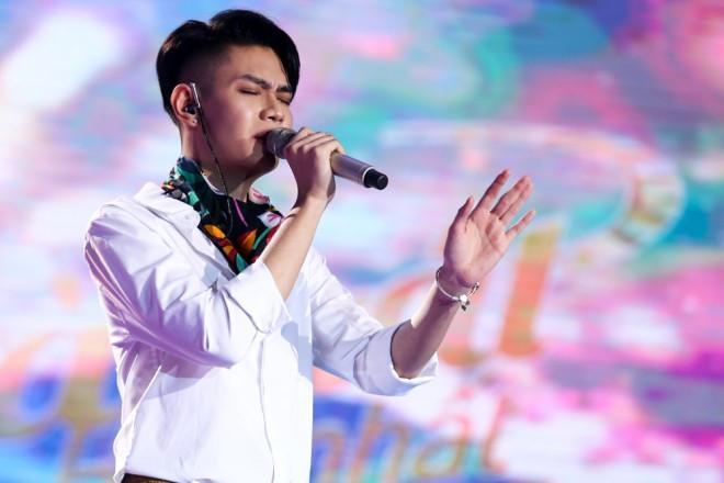 Hết mượn nhạc Châu Kiệt Luân, MV sặc mùi đam mỹ của Đào Bá Lộc lại bị tố đạo nhái OST Anime Hóa giải lời nguyền-2