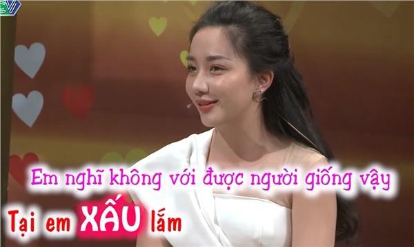 Thánh Livestream Lê Dương Bảo Lâm đưa vợ xinh như mộng lên Vợ chồng son, đập tan tin đồng bóng-1