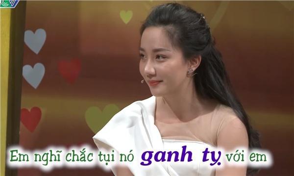 Thánh Livestream Lê Dương Bảo Lâm đưa vợ xinh như mộng lên Vợ chồng son, đập tan tin đồng bóng-2
