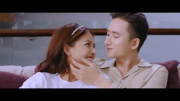 Phan Mạnh Quỳnh tiết lộ về đám cưới và sinh con với bạn gái hot girl-3