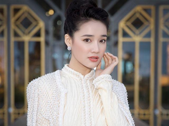 Tưởng lấy chồng sẽ xuề xòa xấu xí, nào ngờ Nhã Phương - Hari Won - Khánh Thi còn đẹp và sành điệu hơn xưa gấp bội phần-1