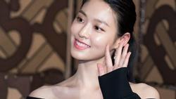 Nhan sắc hàng đầu xứ Hàn khoe thân hình chuẩn người mẫu tại sự kiện