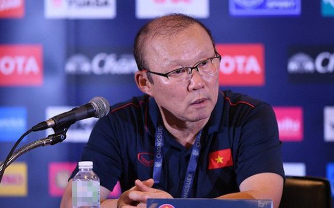 Chỉ với một biểu hiện nhỏ cho thấy thầy Park đã biết trước đội tuyển Việt Nam sẽ bại trận trong tay Curacao-2