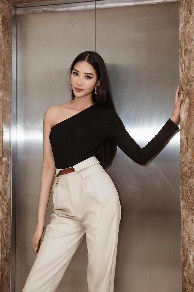 Bản tin Hoa hậu Hoàn vũ 9/6: Hoàng Thùy lên đồ xuất sắc, chẳng cần hở cũng chặt đẹp đối thủ Indonesia-1
