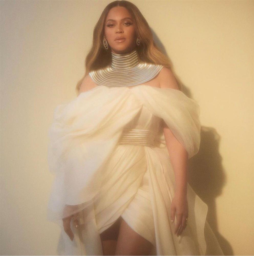 NTK Ngô Mạnh Đông Đông: Không biết là làm phụ kiện cho Beyoncé cho đến khi công bố-2