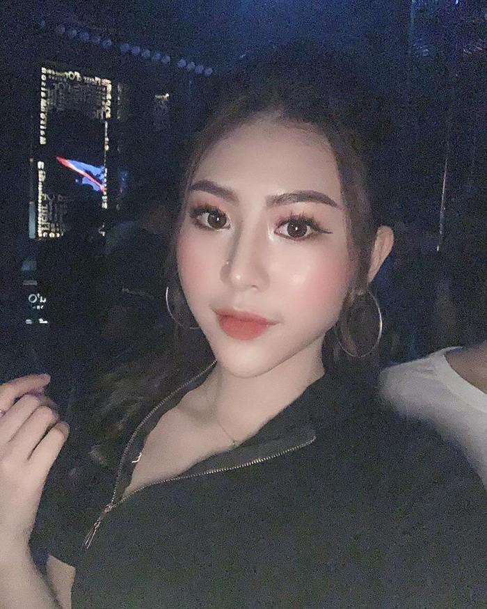 Hot girl Hải Phòng trong Về nhà đi con bức xúc vì bị đồn đi khách-9